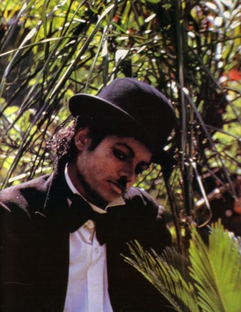 Майкл Джексон в образе Чарли Чаплина. 1983 год.